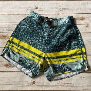 🆕Billabong Beach Shorts Green & Yellow